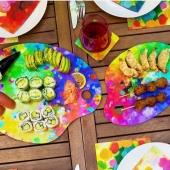 De ce beau temps on peut déjeuner sur la terrasse avec les jolies couleurs Pylônes💐😎🍹