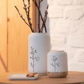 La beauté et la finesse de la porcelaine blanche ❤️#metzville #metznotreville #metzmetropole #luxembourg🇱🇺 #porcelaine #photophore #vase #blanc #feuillage #love #
